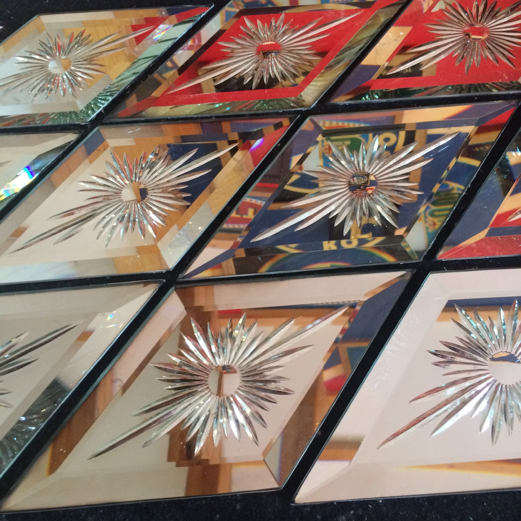 Brilliant-cut glory star mirrors for vintage funfair